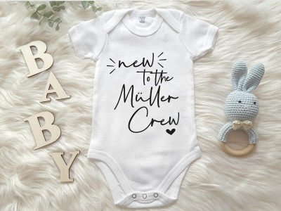 "Personalisierter Baby-Body ""New to the Crew"" - 1"