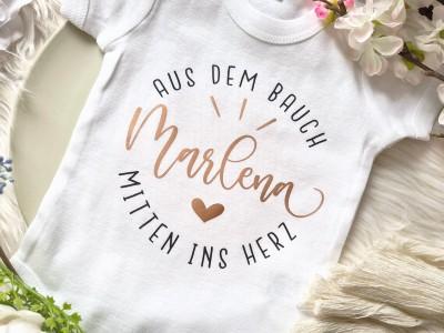 """Personalisierter Baby-Body """"Mitten ins Herz"""" - 3"""