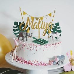"""Unser CakeTopper """"Maliya"""" im Einsatz bei einem Kindergeburtstag mit Motto """"into the wild"""" 🦁🐒🐆🐾  Photo by @back_in_time.photography #caketopper #geburtstag #geburtstagstorte #tortendeko #geburtstag #handmade #lasercut #glitzer"""